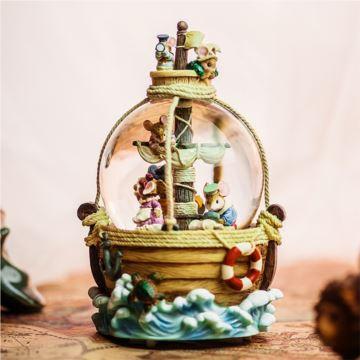 Jarll飘亮片带灯内旋加勒比海盗水晶球八音盒音乐盒创意礼物送男女生