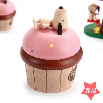 Jeancard台湾木质史努比蛋糕旋转八音盒音乐盒创意生日礼物送男女生