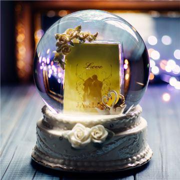 Jarll赞尔飘雪花相框水晶球八音盒音乐盒创意结婚情人节礼物送男女生