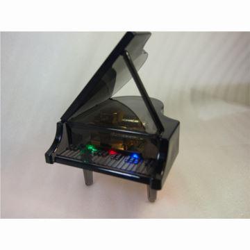 日本进口Sankyo18音水晶钢琴彩灯八音盒音乐盒创意生日结婚礼物送男女生