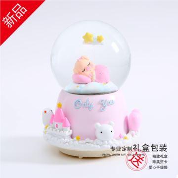 自喷雪花旋转彩灯小猪水晶球八音盒音乐盒创意生日礼物送男女生