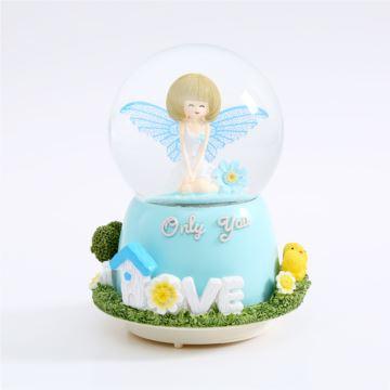 自喷雪花旋转彩灯天使女孩水晶球八音盒音乐盒创意生日情人节礼物