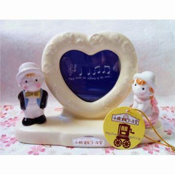 日本进口小樽陶瓷情侣娃娃人偶八音盒音乐盒创意生日结婚礼物送男女生