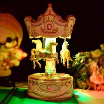 炫彩灯光旋转木马八音盒音乐盒天空之城创意生日七夕情人节礼物送男女