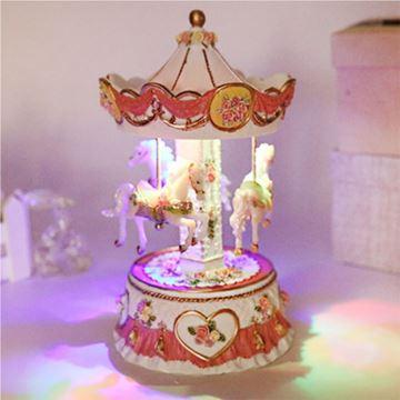 带灯旋转木马八音盒音乐盒天空之城创意生日情人节礼物送男女友浪漫