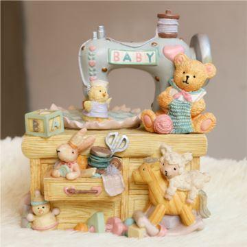 旋转小熊缝纫机音乐盒八音乐盒创意生日情人节圣诞节礼物送女生儿童