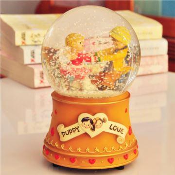 台湾万山WAS情侣溜冰旋转飘雪花水晶球八音盒音乐盒创意情人节礼物送男女
