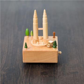 DIY刻字木质双子塔旋转汽车八音盒音乐盒遇见创意生日礼物送男女生