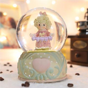 旋转女孩水晶球八音盒音乐盒旋转带灯创意生日礼物送女生同学朋友