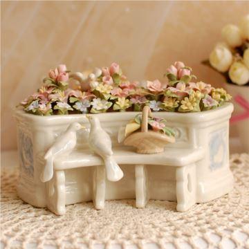 陶瓷白鸽花圃高档八音盒音乐盒创意生日结婚礼物送闺蜜朋友特别