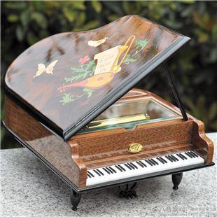 雷曼士50音木质钢琴音乐盒八音盒首饰盒Y50M8高档创意送女生日礼物精品