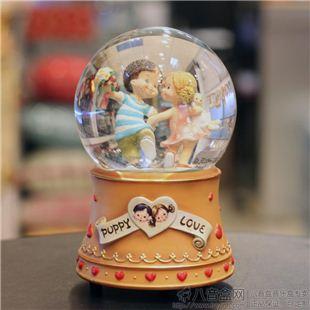 正品万山WSA情侣跳舞内旋转水晶球八音盒音乐情人节创意礼品