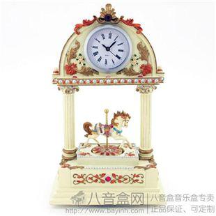 台湾万山复古旋转木马时钟八音盒音乐盒创意送女生日特别礼物家居摆件