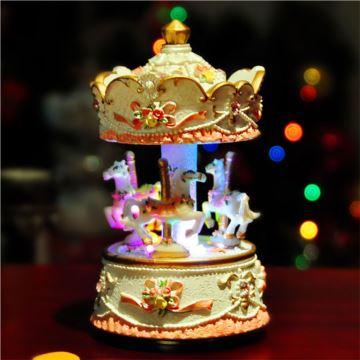 进口旋转木马音乐盒八音盒天空之城创意送女生日圣诞节特别礼物精品