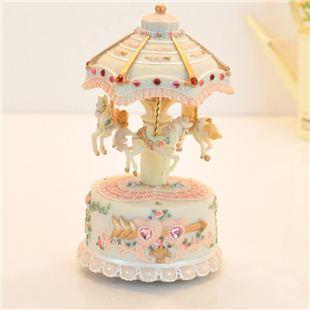 台湾万山可发光旋转木马音乐盒八音盒天空之城创意送女生日圣诞节礼物