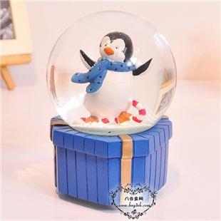 日本Sankyo18音树脂飘雪花企鹅水晶球音乐盒八音盒  儿童节创意礼物生日礼品精品