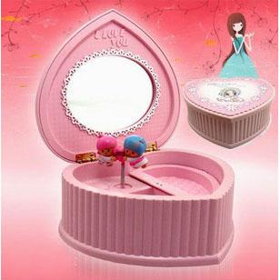 hello kitty旋转芭蕾跳舞女孩心形首饰盒音乐盒八音盒创意生日精美礼物