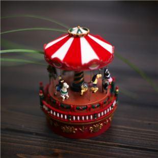 美进口复古旋转木马音乐盒八音盒创意送男女生日圣诞节特别礼物精品高档