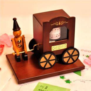 进口南洋桧木木质木偶音乐车音乐盒八音盒 创意精品生日礼物品 送男女生友 家居摆件