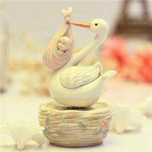 美国COSMOS陶瓷送子鹤陶瓷旋转音乐盒八音盒女 生日七夕节礼物创意结婚庆礼品