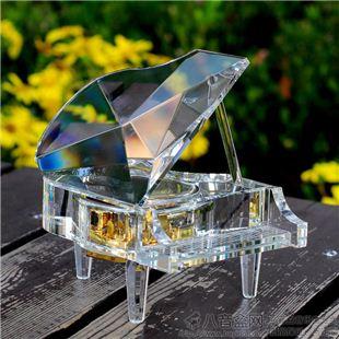 雷曼士18音水晶钢琴八音盒音乐盒YB8C25创意送女生日情人节礼物精品
