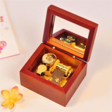 进口花梨木质发条式18音音乐盒八音盒 创意精品生日礼物男送女友