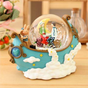 几米风格月亮船情侣旋转水晶球雪花音乐盒八音盒创意婚庆生日礼物精品