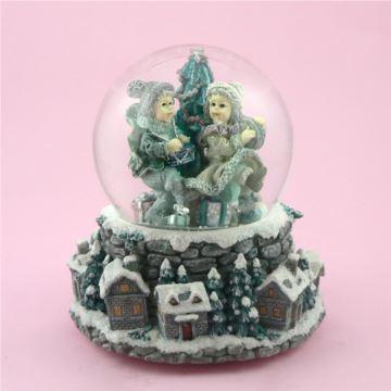 台湾万山男孩女孩雪花水晶球八音盒音乐盒圣诞节树特别礼物送男女生日