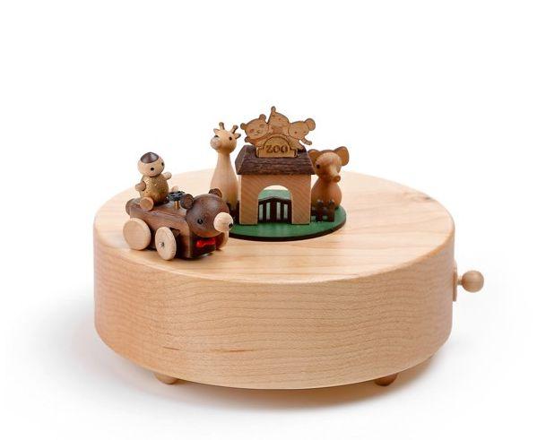 jeancard木质欢乐动物园骑车长颈鹿八音盒音乐送男女友宝宝生日创意