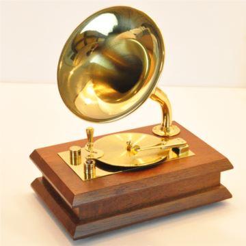 Sankyo高档木制纯铜镀金留声机八音盒音乐盒送男生日创意礼物商务礼品