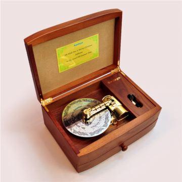 日本Sankyo胡桃木22音唱盘式八音盒音乐盒创意结婚商务礼物限量收藏品