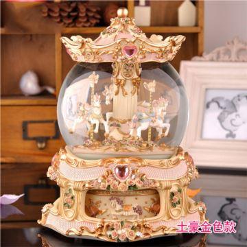 Sankyo18音大號旋轉木馬水晶球八音盒音樂盒創意生日禮物結婚慶禮品特別