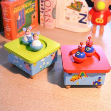 创意新奇特玩具超可爱可旋转木质八音盒音乐盒送女生生日礼物摆件送宝贝