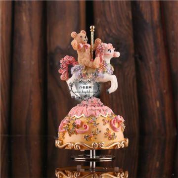 韵升正品旋转树脂小熊八音盒音乐盒圣诞节礼物送男女生日创意礼品