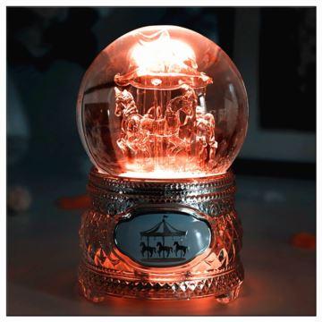 Sankyo旋转发光木马水晶球八音盒音乐盒情人节创意生日礼物送男女友