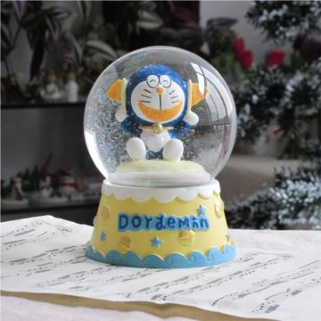 Sankyo旋转带雪花叮当猫水晶球八音盒音乐盒天空之城创意生日儿童礼物