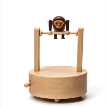 Jeancard木质音乐盒八音盒送男友女友生日礼物创意礼品单杠猴子长臂猿