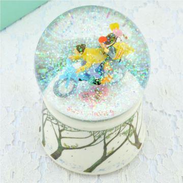 几米自喷雪花内旋转水晶球八音盒音乐盒创意七夕生日礼物送女友