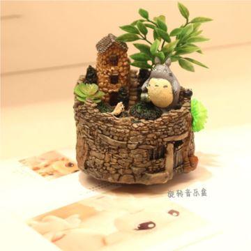宫崎骏龙猫树脂旋转八音盒音乐玲呆萌龙猫微景观摆件创意礼品