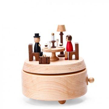台湾正品jeancard爱的餐桌音乐盒木质旋转八音盒七夕情人节创意生日礼物