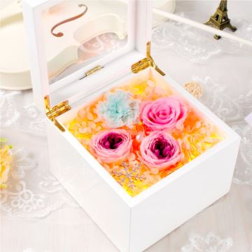 七夕情人节永生花高端礼物生日礼品进口夜光器材音乐盒八音盒礼盒送女生