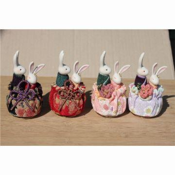 现货日本小樽音乐盒八音盒和服情侣兔情人节结婚生日礼物进口