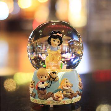 白雪公主音乐盒水晶球八音盒旋转雪花创意生日婚庆礼物送儿童男女生
