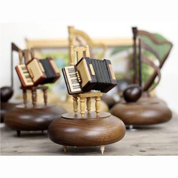 日本进口sankyo18音高档木质手风琴八音盒音乐盒创意结婚生日礼物