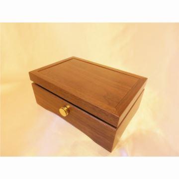 日本进口sankyo30音胡桃木八音盒音乐盒创意结婚生日商务礼品