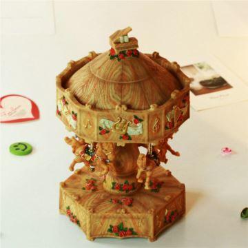 台湾发光旋转木马音乐盒天空之城生日礼物女生闺蜜情人节礼品高端