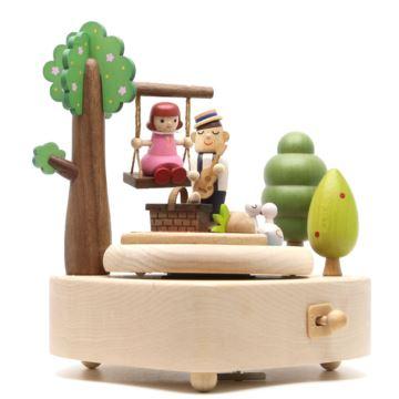 Jeancard台湾木质旋转八音盒音乐盒情人约会创意结婚庆礼物七夕送男女友