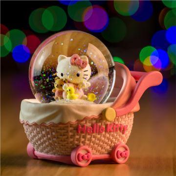 HelloKitty飘亮片雪花婴儿车水晶球八音盒音乐盒情人节创意生日礼物送女生